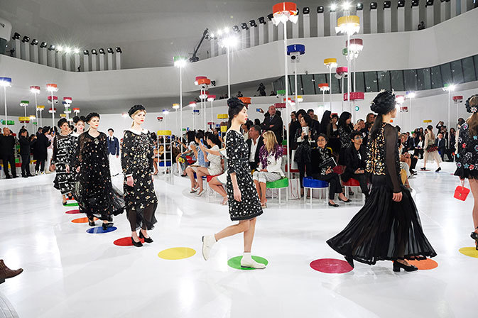 chanel-cruise-show-2015-16-final-show